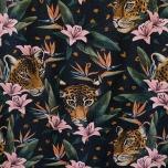 Dressikangas. Leopardid lillede varjus