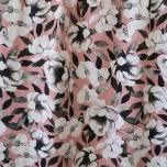 Puuvillane trikotaaž. Lillede õitseng, põsepunaroosal taustal
